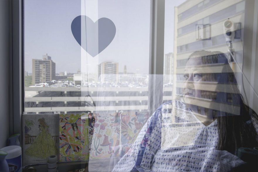 Bantuan Datang Untuk Imigran Tidak Berdokumen yang Terjebak Di Rumah Sakit