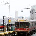 Pengeluaran ARPA: Anggota parlemen massal mempertimbangkan pengurangan tarif MBTA